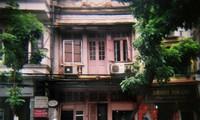 "Julie Vola's ""Recalling Hanoi"" photo project"