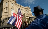 First Cuban Ambassador to US presents credentials at White House