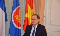 Vietnam cumple como presidente rotativo de Asean en Francia
