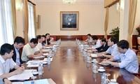 Diputados vietnamitas se enfocan en las reformas de construcción