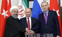 Rusia, Turquía e Irán buscan poner fin a la guerra siria