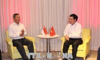Vietnam comprometido a reanimar cooperación con Singapur y Malasia