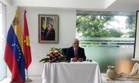 Embajada venezolana en Vietnam reafirma democracia electoral tras triunfo del presidente Maduro