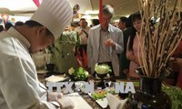 Presenten cultura y gastronomía de Vietnam en Tailandia