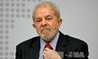Lula da Silva se presenta como candidato a la presidencia de Brasil