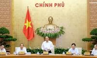 Efectúan la reunión ordinaria del Gobierno vietnamita del mes de agosto