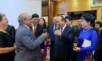 Vietnam honra apoyos internacionales a su proceso de desarrollo e integración