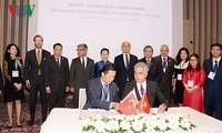 La presidenta del Parlamento de Vietnam participa en el Foro de Negocios e Inversión con Turquía