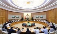 Gobierno vietnamita proyecta tareas socioeconómicas para 2019