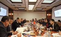 Rusia dispuesta a aumentar intercambio comercial con Vietnam