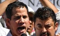 Gobierno venezolano acusa al asistente de Guaidó de dirigir grupos criminales