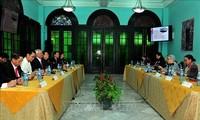 Vietnam y Cuba comparten experiencias de elaboración de políticas