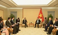 Vietnam y Francia por promover cooperación aérea