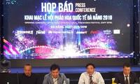 Festival Internacional de Fuegos Artificiales de Da Nang acapara interés de amigos extranjeros