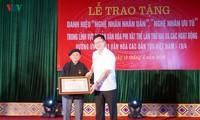 Hoang Hoa, Artesano del Pueblo empeñado en preservar la cultura étnica Tay y Nung