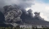 スマトラ島で火山噴火 インドネシア、死者なし
