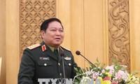 リック国防大臣、政治総局や兵站総局の指導部と会見