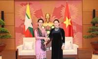 ガン議長、ミャンマー国家顧問と会見