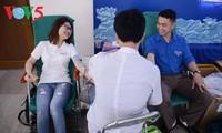 お手本となる献血者たちの声