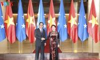 ガン議会議長、ミクロネシア連邦の議会議長と会談