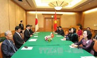 ティン国家副主席、福岡県知事と会見