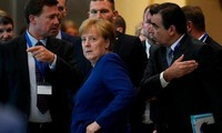 EU首脳会議 難民受け入れ負担めぐり各国の意見対立