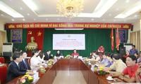 北部洪水被災者への中国赤十字社の義捐金を受領
