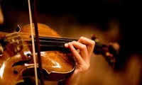 ベトナムの穏やかなピアノやバイオリン演奏曲