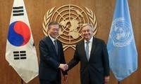 韓国 ムン大統領「非核化には終戦宣言と人道支援が必要」