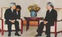 ド・ムオイ党書記長と各国の指導者