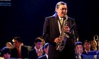 Quyen Van  Minhさんのジャズ演奏