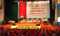 ベトナム学生協会大会の全体会議に700人参加