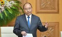 フック首相 国民のための行政改革を促進