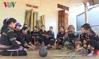ジャライ族の「プラン」という畳の保存