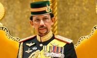 ブルネイ国王、ベトナムを訪問