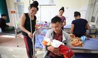 世銀 ベトナムの末端組織の医療サービス改善を支援