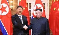 朝鮮と中国の軍首脳らが歓談