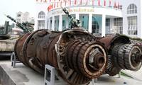 Deputi PM Vietnam Nguyen Thien Nhan  mengunjungi dua Museum di kota Hanoi