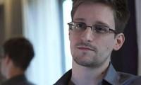 Venezuela dan Nikaragoa membolehkan mantan personil CIA E.Snowden mendapatkan suaka  kemanusiaan