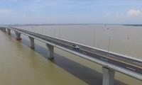 Hai Phong- Kotanya  jembatan-jembatan