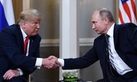 Pertemuan puncak Rusia-AS membantu membongkar sumbu ledak perang diplomatik