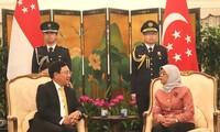 Deputi PM, Menlu Vietnam Pham Binh Minh bertemu dengan para pemimpin Singapura