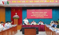 """Lokakarya ilmiah: """"Kriterium perkonomian pasar  menurut pengarahan sosialis di Viet Nam: teori dan praktek"""""""