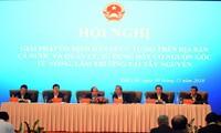 PM Viet Nam, Nguyen Xuan Phuc  meminta kepada semua daerah  supaya mengontrol situasi transmigrasi bebas