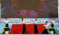 Memperingati HUT ke-60  Hari Kunjungan Presiden Ho Chi Minh di daerah Tay Bac