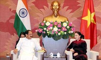Nguyen Thi Kim Ngan , Ketua MN VN, menerima Vankaiah Naidu,Wapres India, Ketua Majelis tinggi