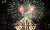 Kota Da Nang-Mengembangkan pariwisata yang berkaitan dengan brand  lomba kembang api internasional