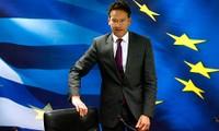 Eurozone aproves 1 billion euro rescue loan for Greece