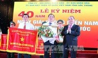 Localities commemorate the 40th anniversary of national reunification