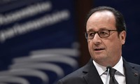 French calls for roadmap to settle Ukraine conflict